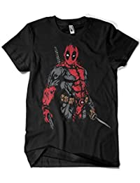 1061-Camiseta Deadpool - The Merc (Dr.Monekers)