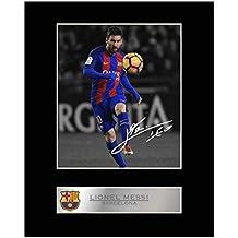 Foto firmada y enmarcada de Lionel Messi con camiseta del Barcelona FC, de la marca