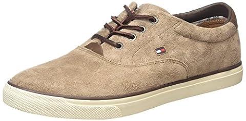 Tommy Hilfiger W2285ILKES 2B, Herren Sneakers, Braun (SHITAKE 230), 43