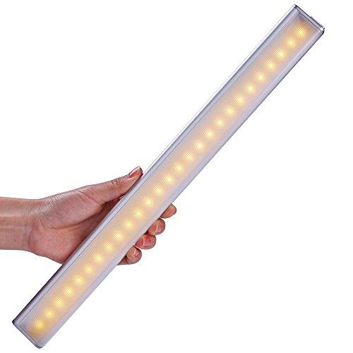 Sensor de movimiento de luz de armario, inalámbrico PIR movimiento activado Stick en 27 LED recargable armario cajón bajo armario de cocina armario encimera garaje cobertizo camping LED luz nocturna (blanco cálido)