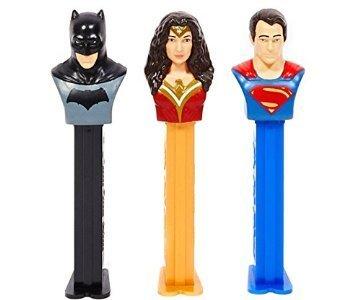 pez-batman-vs-superman-by-pez-candy-inc