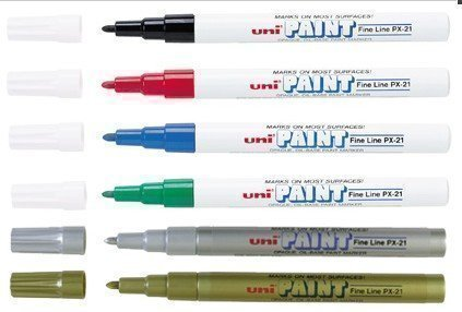 uni-coloured-paint-marker-pen-multi-surface-oil-based-opaque-outdoor-marking-gold-fine-tip-px-21