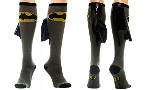 DC Comics Batman Shiny Cape Black & Gray Knee High Socks (Schwarz Dc-socken)