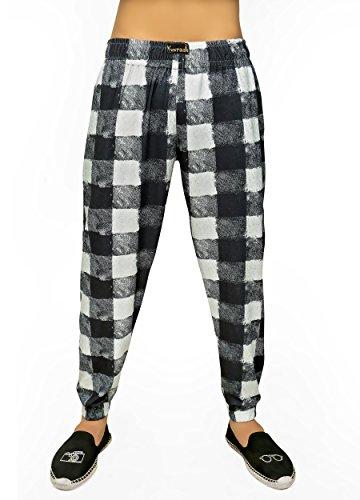 Yuvraah Men's Black & Grey Chess Checks Printed Track pant