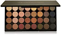Flawless Ultra Eyeshadows by MAKEUP REVOLUTION. Set of 32 eye shadows. There are metallic (8), satin (22) and matte (2) shades in the palette. They are intended for both daily use and make-up for special occasions. They allow you to make the fashi...