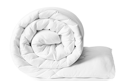 Solimo Microfibre Comforter, Single (White)