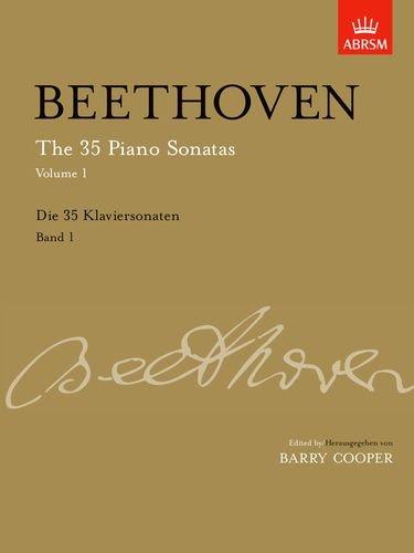 35 Piano Sonatas, Volume 1 Up to Op. 14 (Signature Series (ABRSM)) -