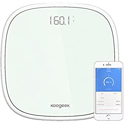 Koogeek Bilancia Pesapersone Elettronica 200kg(440lb) Bluetooth 4.0 Funzione Con App Peso Monitoraggio di Riconoscimento Fino a 16 Utenti Display a LED Apple & Android Compatibile