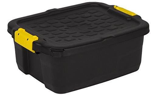 """Robuste Transport- und Lagerbox\""""TOUGH\"""" in Schwarz mit gelben Clips. Nutzvolumen von ca. 24 Liter. Stapelbar und nestbar. Maße BxTxH in cm: 50 x 40 x 20"""