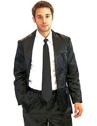 schlafanzug im anzug stil