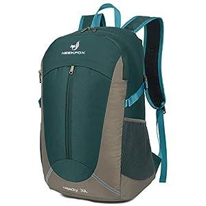 41poO6CL8OL. SS300  - NEEKFOX Mochila de Senderismo Ligera Plegable 30L Viaje Día de Escalada Pack para Hombre Mujer, Peso Ligero Compacta…