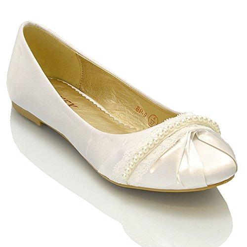 Essex Glam - Damen Ballerinas Mit Perlen & Spitze - Satin, 8 UK / 41 EU / 10 US, Weiß Satin (Ballerinas Brautschuhe)