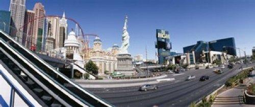 New York New York Hotel Casino (Panoramic Images - Buildings in a city New York New York Hotel MGM Casino The Strip Las Vegas Clark County Nevada USA Photo Print (38,10 x 15,24 cm))