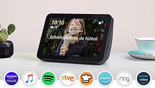 Oferta de Echo Show 8, Tela de color antracita + Philips Hue White & Color Ambiance Pack de 2 bombillas LED inteligentes, compatible con Bluetooth y Zigbee, no se requiere controlador