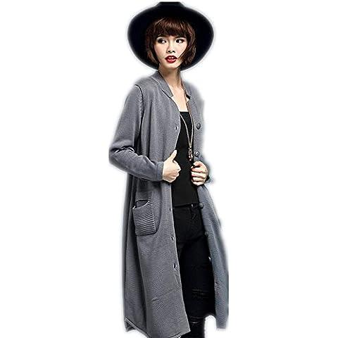 Las mujeres en una sola capa larga chaqueta de punto ocasional pecho , gray