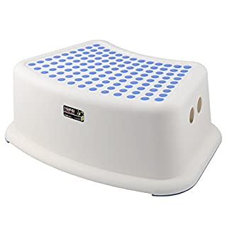 Aojia Children's Slip Resistant Step Stool Weight:15.80 Ounces, Width: 12.2 Depth: 7.5 Height: 5.1 QYF1553 by Aojia