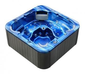 Whirlpool, Badewanne mit Unterwassermassage für 5 Personen, Modell: Trento.