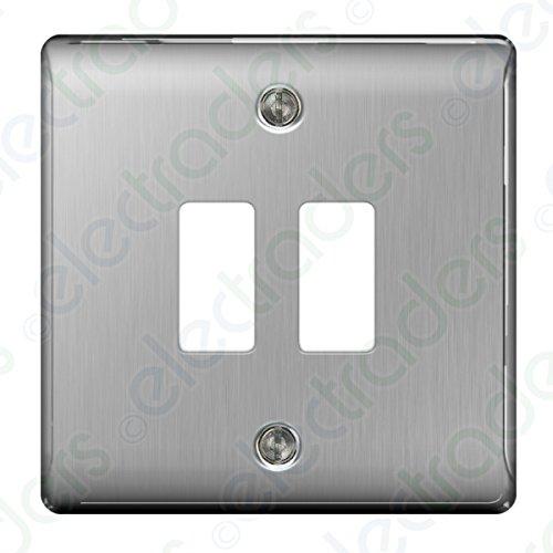 BG Interruptores de luz de Acero Cepillado y enchufes – Gama Completa...