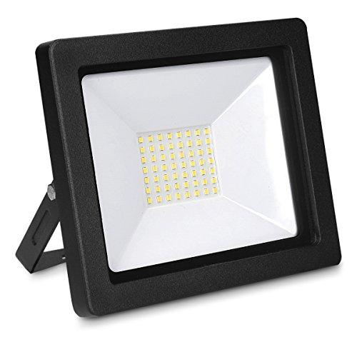 kwmobile LED Flutlicht Baustrahler 50W - 3250 Lumen Arbeitsleuchte Strahler mit 3m Netzkabel und Stecker - Baustellen Scheinwerfer Garten LED-Strahler