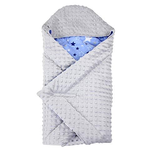 TupTam Baby Winter Einschlagdecke für Babyschale Wattiert, Farbe: Sterne Hellgrau Dunkelblau/Blau, Größe: ca. 75 x 75 cm