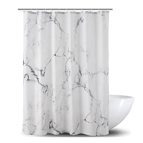 Alumuk Duschvorhang aus Stoff | Wasserdichter Duschvorhang mit verstärktem Saum | waschbarer Textil Duschvorhang in der Größe 180 cm x 180 cm | Polyester Marmor