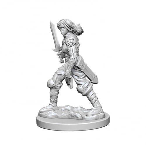 Pathfinder: Deep Cuts Unpainted Miniatures: Human Female Fighter Pathfinder-miniaturen