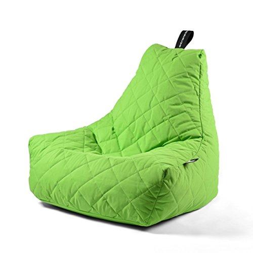 Einfach mal zurück lehnen und entspannen - dass bietet Ihnen der stylische Sitzsack B-bag mit der ausgefallenen Form, der sich jeder Körperform anpasst. Der Sitz- und Liegesack ist für den Indoor-, sowie Outdoorbereich geeignet, sodass Sie diesen überall mit hinnehmen können. Das Material ist aus einem pflegeleichtem Polyester-Gewebe, dass robust und leicht zu reinigen ist zudem verblasst die Farbe nicht durch Sonneneinstrahlung. Für den Transport zum See oder Aufbewahrung ist eine hochwertige schwarze Tasche dabei.