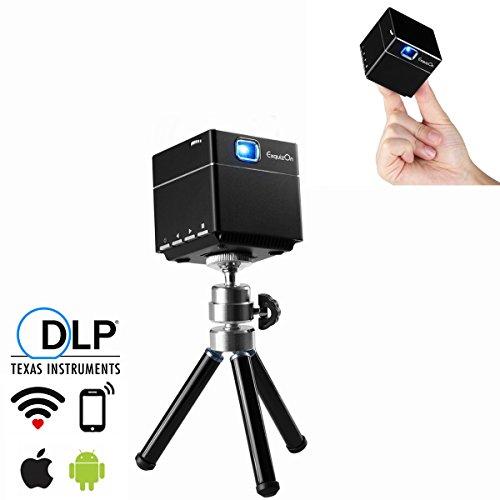 ExquizOn Proyector de Bolsillo Proyector DLP S6 WiFi Video 1080P Full HD Mini Cube Proyector Portátil Cine en Casa Entrada de HDMI Tarjeta Micro SD Batería Incorporada para Uso al Aire Libre, Negro
