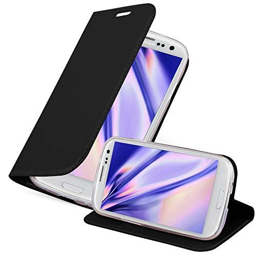 Cadorabo Custodia Libro per Samsung Galaxy S3 / S3 Neo in Classy Nero - con Vani di Carte, Funzione Stand e Chiusura Magnetica - Portafoglio Cover Case Wallet Book Etui Protezione