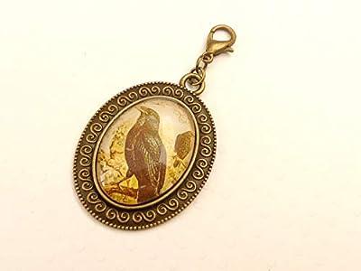 Pendentif avec breloque gothique en forme de corbeau