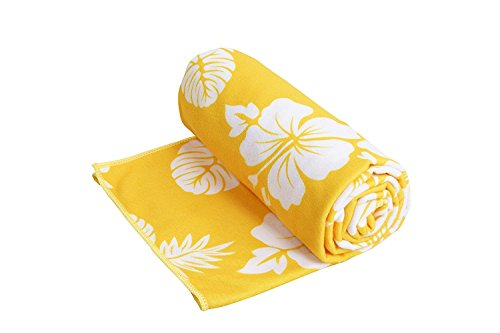 microfibre-beach-and-travel-towel-beautiful-and-stylish-hawaiian-flower-print-towel-for-beach-travel