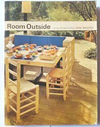 Room Outside: A New Approach to Garden Design by John Brookes (1979-08-01)