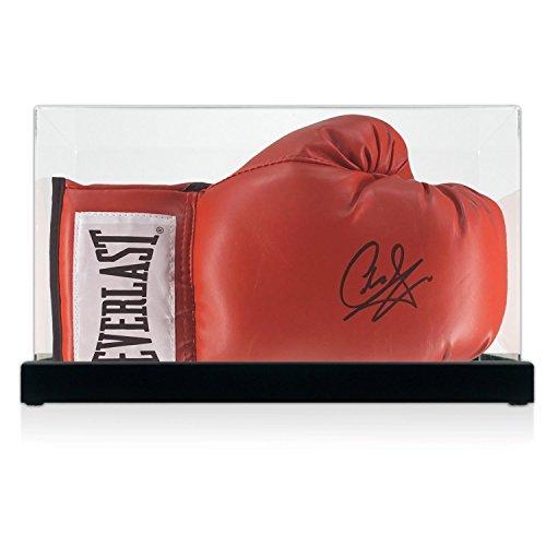 Carl Froch signierte Red Everlast Boxhandschuh in Vitrine