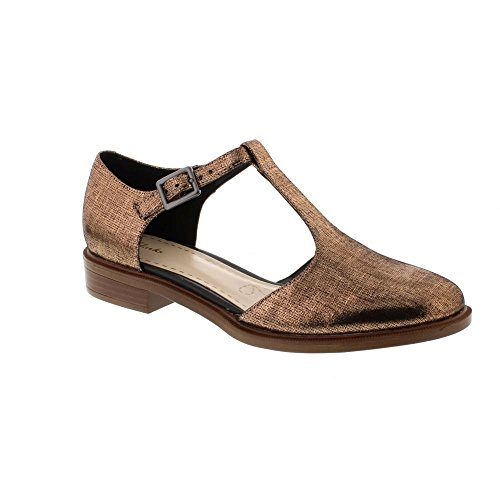Clarks Taylor Palm Leather Shoes In Standard Fit Size 5