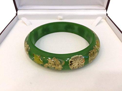 bracciale-rigido-donna-resina-semi-trasparente-verde-con-conchiglie-stelle-marine-naturali-interno-v