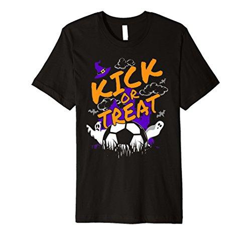 (Funny Halloween T Shirt für ein Fußball Player: Kick oder zu behandeln)