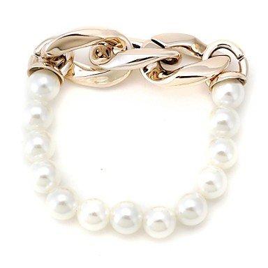 Fashion Pearl Bracelet (Random Color)