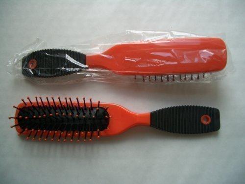 orange COUSSIN coiffure cheveux brosse idéal pour cheveux longs