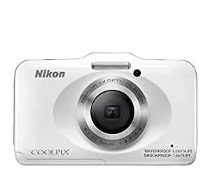 Nikon Coolpix S31 10.1MP Point-and-Shoot Digital Camera (White) with 4GB Card, Camera pouch