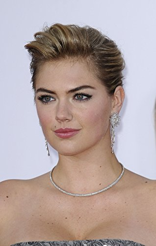 Kate Upton At Arrivals For The Other Woman Premiere Photo Print (40,64 x 50,80 cm) Womens Premiere Collection