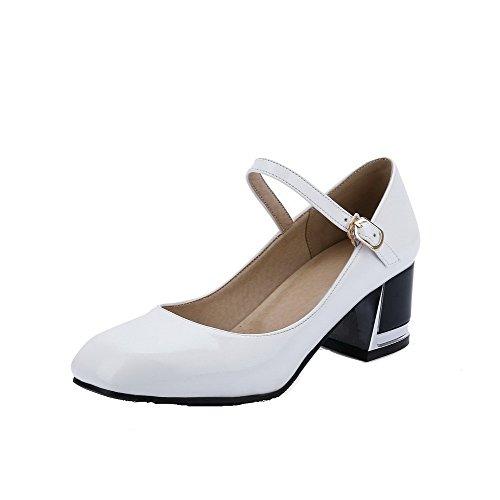 VogueZone009 Femme Pu Cuir Couleur Unie Boucle Carré à Talon Correct Chaussures Légeres Blanc