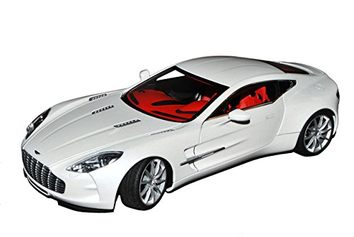 AUTOart Aston Martin One-77 Coupe Morning Frost Weiss 2009-2012 70244 1/18 Modell Auto Frost Coupe