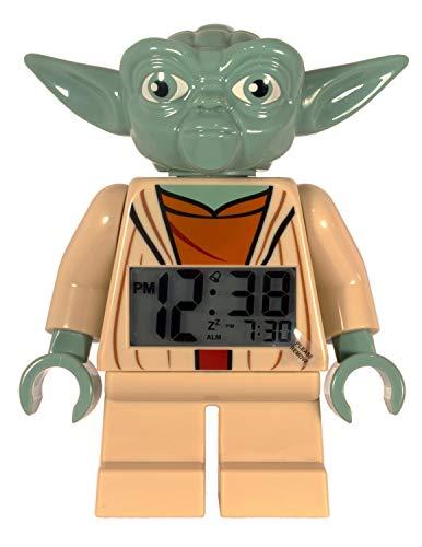 LEGO Star Wars 9003080 Yoda Kinder-Wecker mit Minifigur und Hintergrundbeleuchtung , grün/braun , Kunststoff , 24 cm hoch , LCD-Display , Junge/ Mädchen , offiziell (Star Watch Wars)