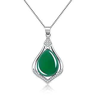 Fine Green Jade 925 Sterling Silver Pendant Necklace for Women with 18 Inches Chain (Sterling silver)