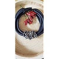 Girocollo multifilo in stoffa nera con centrale in perle di fiume, collane artigianali, perle, nero, regali per lei,