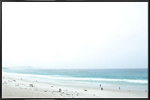 """JUNIQE® Bild mit Rahmen 60x90cm Strände - Design """"Carmel Morning"""" (Format: Quer) - Wandbilder, Gerahmte Bilder & Gerahmte Poster von jungen Künstlern - Strand-, Meer- und Urlaubs-Kunst - entworfen von Marc Gruninger"""