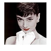 Pyramid International - Lámina (40 x 40 cm), diseño de Audrey Hepburn con labios pintados de rojo