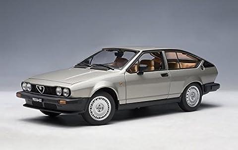 1980 Alfa Romeo Alfetta GTV 2.0 1/18 Grey (japan import)