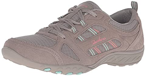Skechers Women Breathe-Easy-Good Luck Low-Top Sneakers, Beige (Tpe), 5 UK 38 EU
