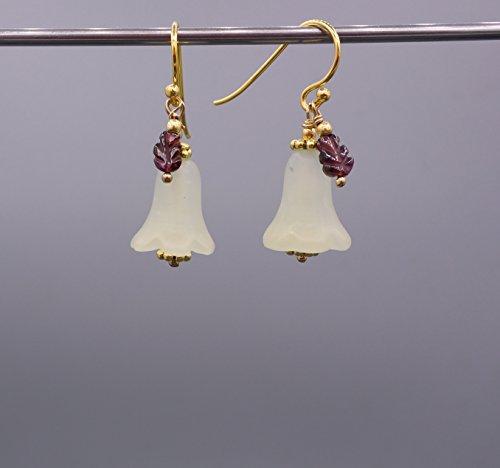 Jade Ohrringe - Blumen Ohrringe - geschnitzte Tulpen - 925 Silber vergoldet - Beads-in-Fashion (Geschnitzt Vergoldet)